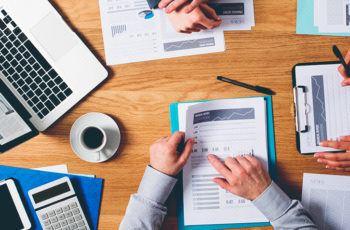 Como fazer um relatório de marketing digital claro e efetivo